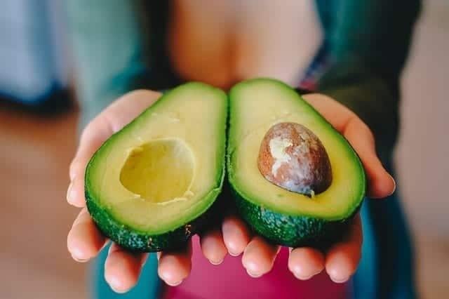 avocat-avocado-mur
